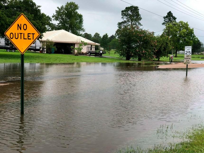 États-Unis: la tempête Barry traverse la Louisiane