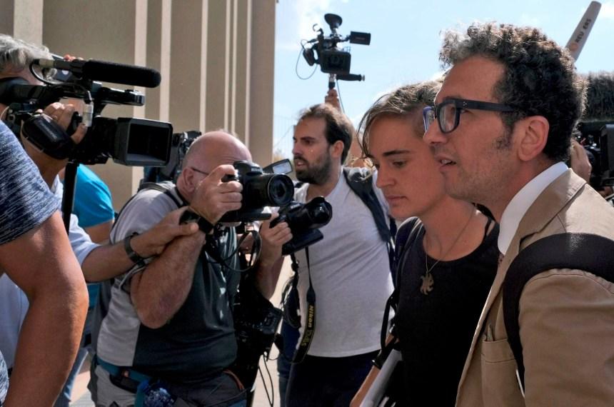 Migrants: Carola Rackete, capitaine du Sea-Watch 3, appelle l'UE à agir