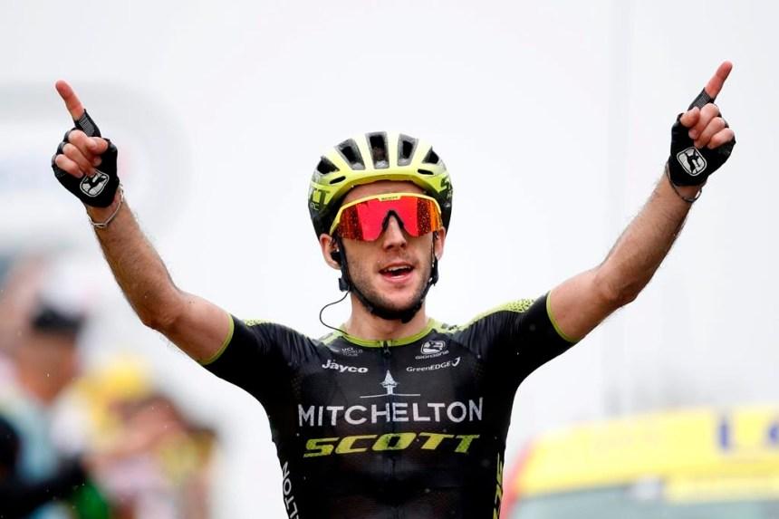 Yates gagne dans les Pyrénées; le maillot jaune reste l'affaire d'Alaphilippe