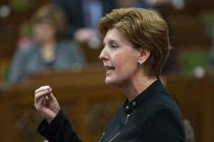 Toujours pas de date pour les compensations d'Ottawa, Québec s'impatiente