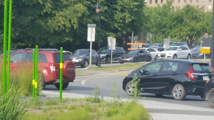Les automobilistes en colère à L'Île-des-Sœurs