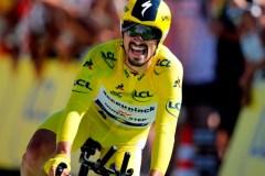 Alaphilippe remporte le contre-la-montre au Tour de France, demeure en jaune