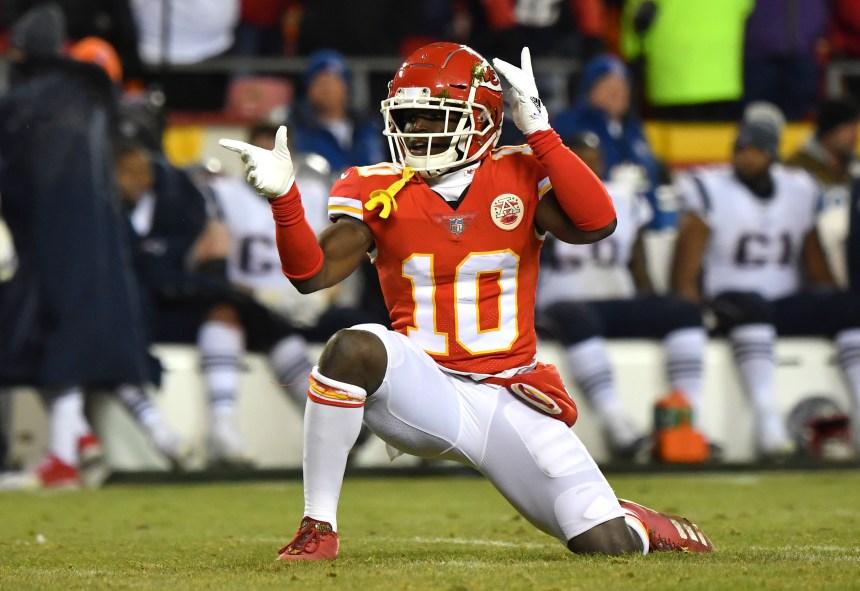 Tyreek Hill raterait de 4 à 6 semaines d'activités, selon la chaîne NFL Network