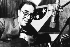 Le Brésil rend hommage à son «plus grand artiste» Joao Gilberto