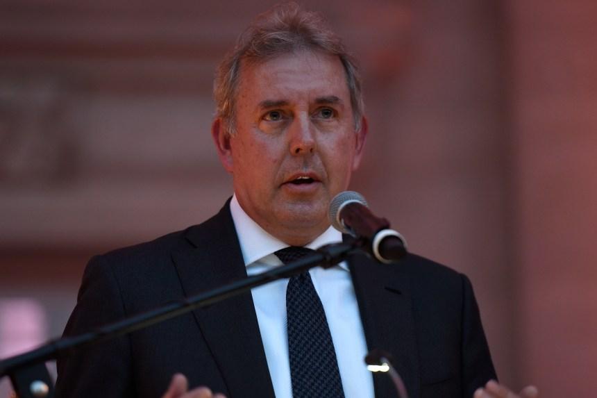 Face à la colère de Trump, l'ambassadeur britannique aux États-Unis démissionne
