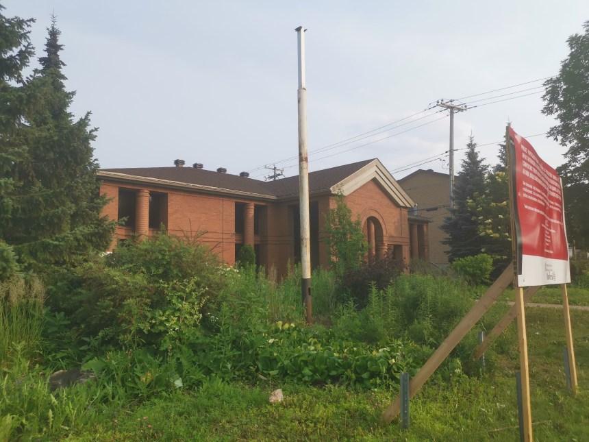 Un nouvel immeuble sur le boulevard Maurice-Duplessis
