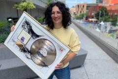 Un disque d'or pour Alexandra Stréliski