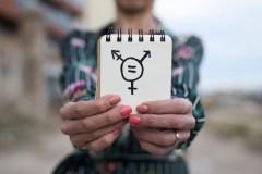 Des chercheurs ont étudié les possibilités de préserver la fertilité des femmes transgenres