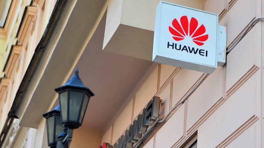 Huawei: la 5G accueillie en grande pompe en Russie