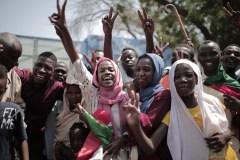 Un accord historique vers un pouvoir civil au Soudan