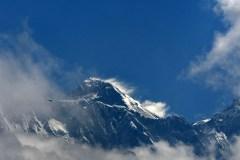 Le Népal va interdire les objets en plastique à usage unique dans la région de l'Everest