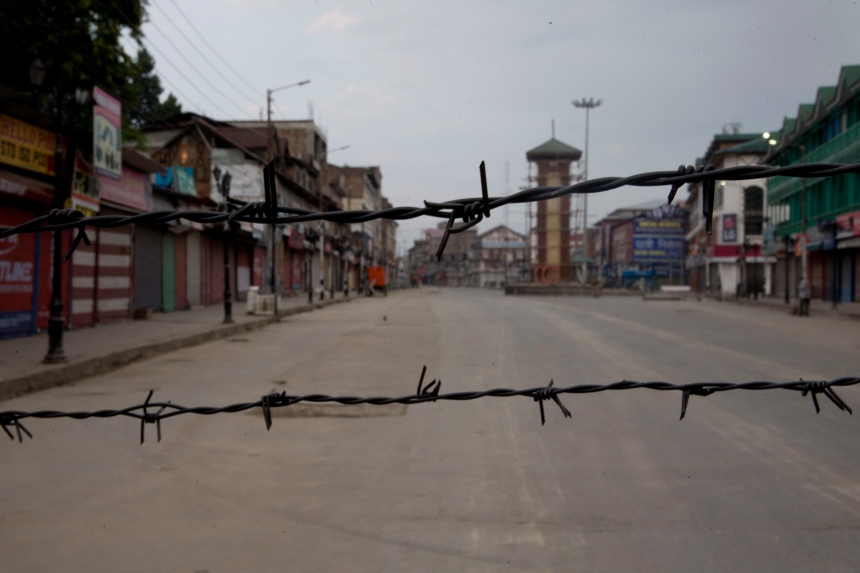 Cachemire: black-out pour éviter un soulèvement