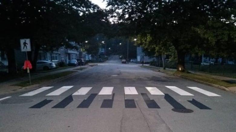 Petite controverse sur un trompe-l'oeil à une intersection de Halifax
