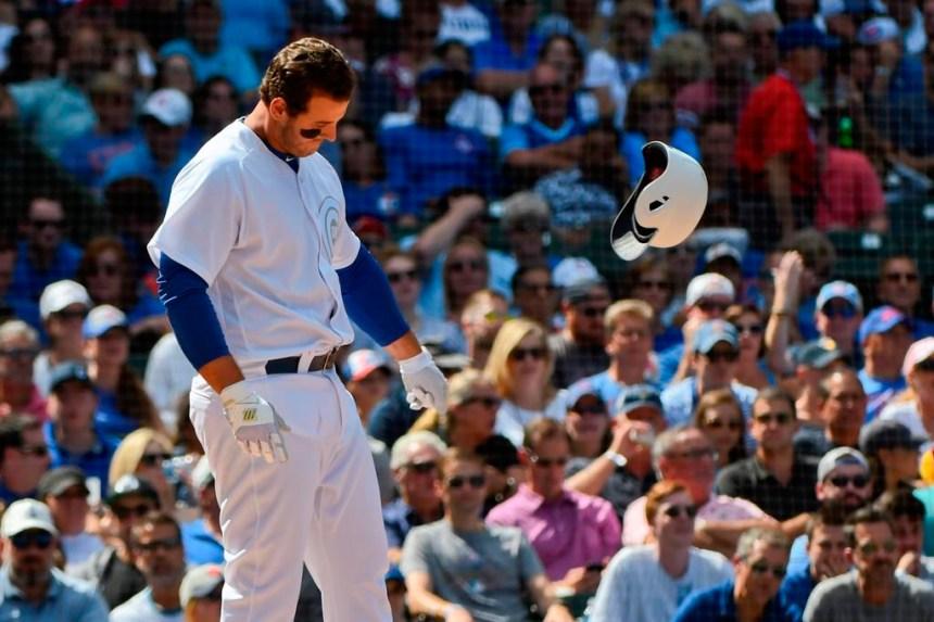 Cubs: Le joueur de premier but Anthony Rizzo souffre de raideurs au dos