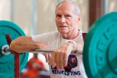 L'haltérophilie est un sport qu'on peut pratiquer à tous âges, même à 85 ans