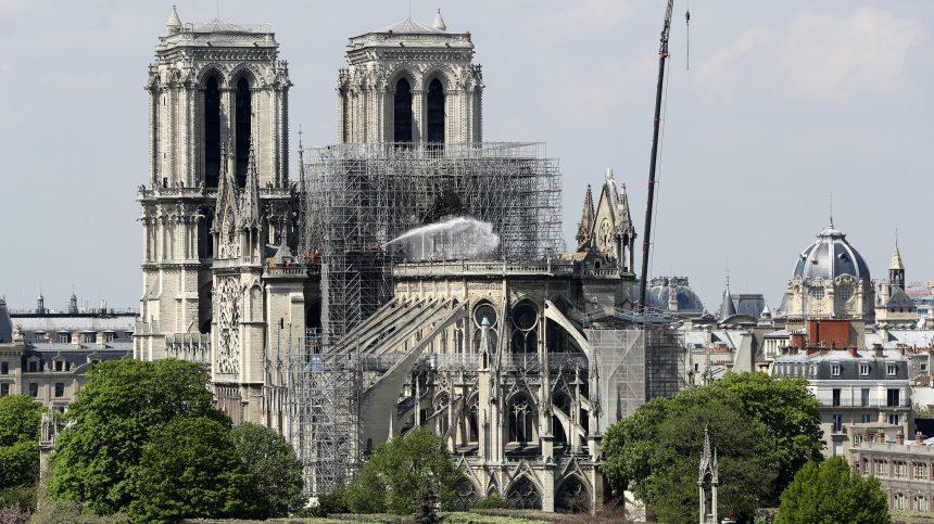 La reconstruction de Notre-Dame soulève encore beaucoup de questions