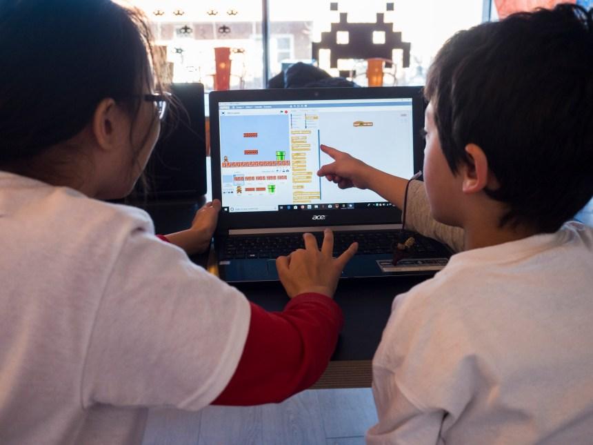 Grandir sans frontières: marier l'éducation à la technologie