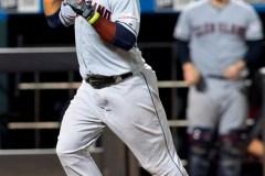J.D. Davis joue les héros en 10e manche et les Mets battent les Indians 4-3
