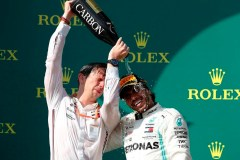 Lewis Hamilton poursuit sa domination mais un nouveau rival se pointe