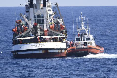 Open Arms: les rescapés du navire débarqués en Sicile sur ordonnance judiciaire