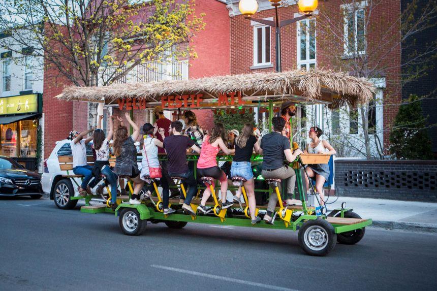 Vélo Festif Montréal veut remplacer la calèche dans les rues du Vieux-Montréal