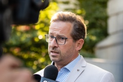 Andrew Scheer et Justin Trudeau brandissent l'épouvantail souverainiste