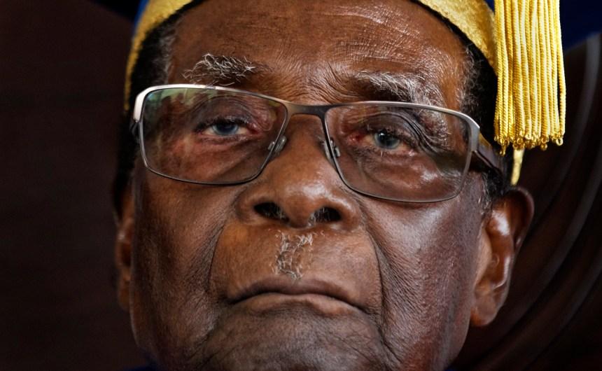 Décès de Mugabe: «héritage mitigé» et deuil national au Zimbabwe