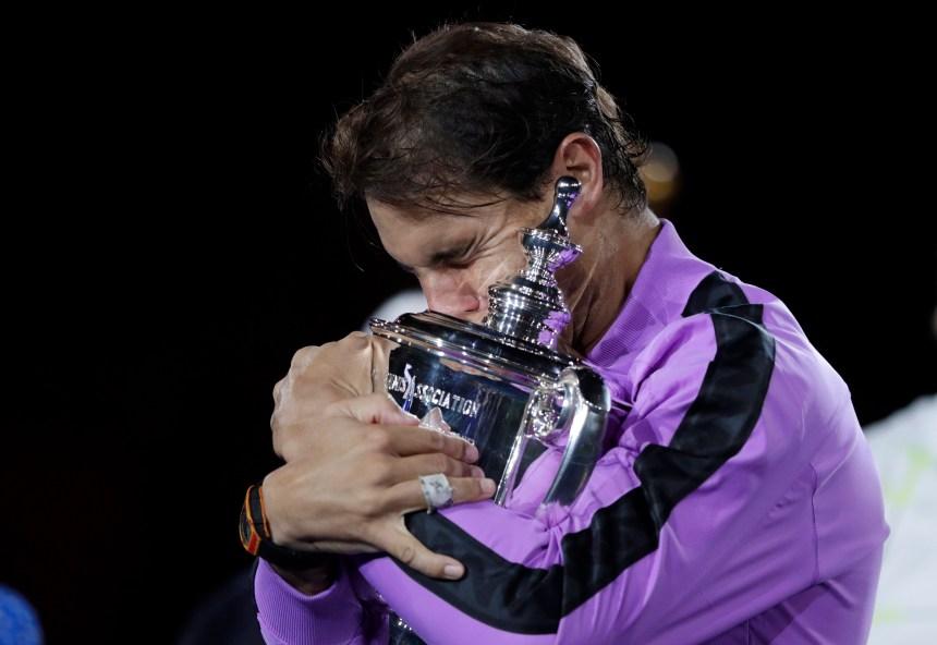 Rafael Nadal dispose de Medvedev en finale et remporte son 19e titre majeur