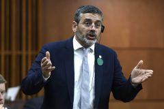 Parti vert: Le saut de Pierre Nantel n'affole pas les québécois