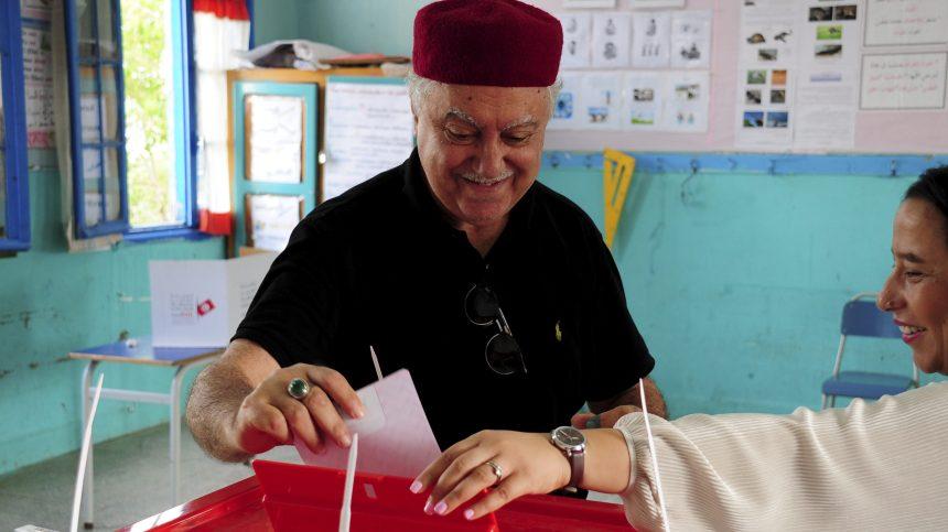Tunisie: premier tour d'une présidentielle à suspense