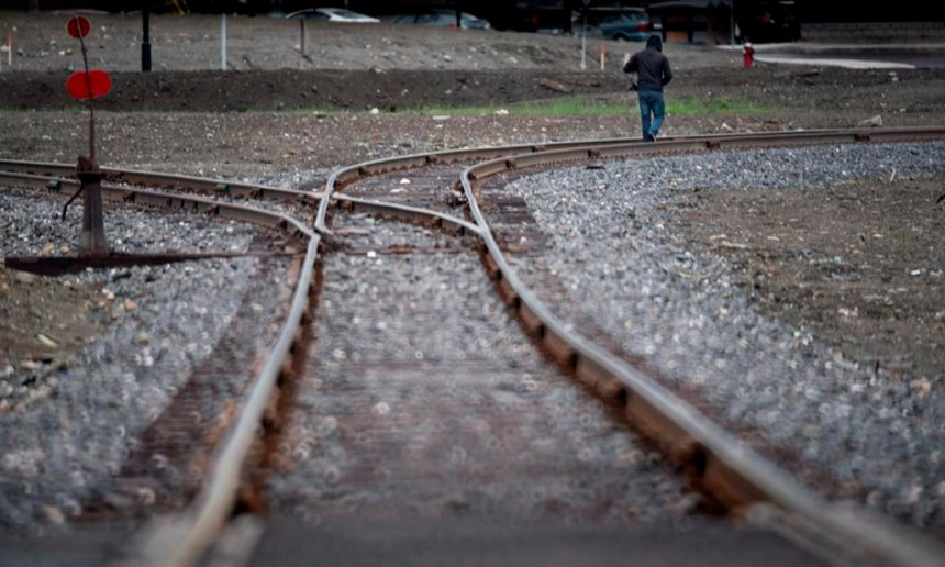 Garneau ordonne des inspections et réparations sur le chemin de fer entre Farnham et Lac-Mégantic