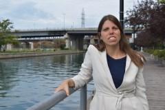 Une conseillère municipale avec le NPD