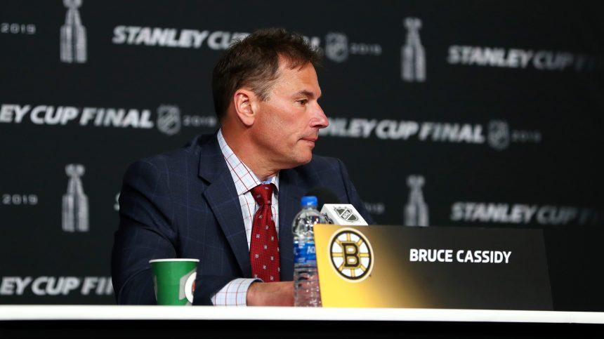 Les Bruins de Boston récompensent leur entraîneur-chef Bruce Cassidy