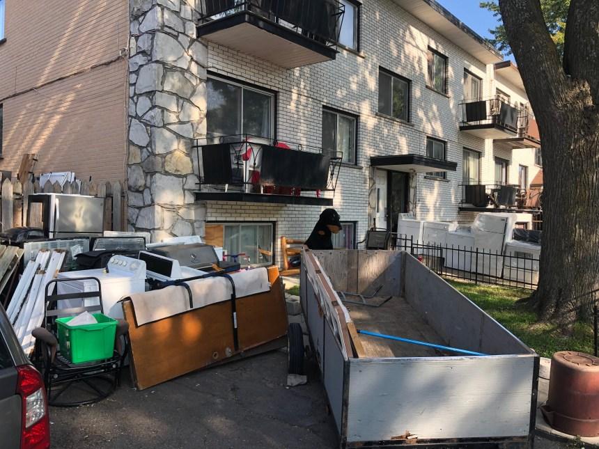 Un propriétaire se plaint d'un «entrepôt à ciel ouvert» sur sa rue