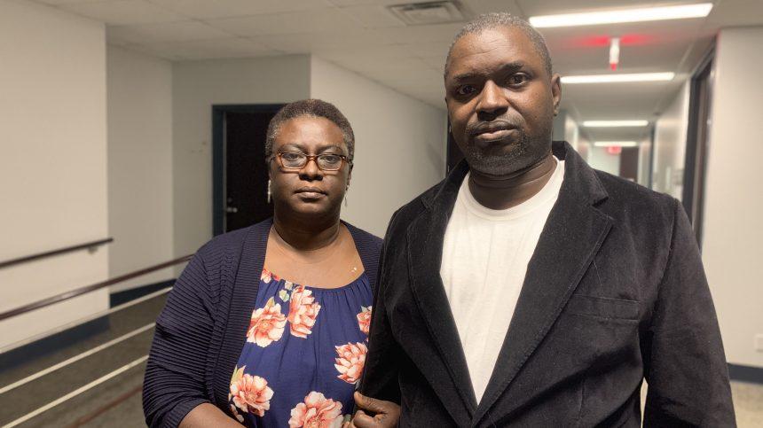 Bisexuel, il craint la déportation après que son amant a été tué
