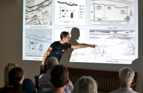 Marie Claude Brien Archélogue présente les résultats des fouilles Fort Lorette