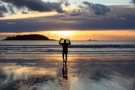 Chesterman Beach. Un des rares lieux pour pratiquer le surf au Canada.