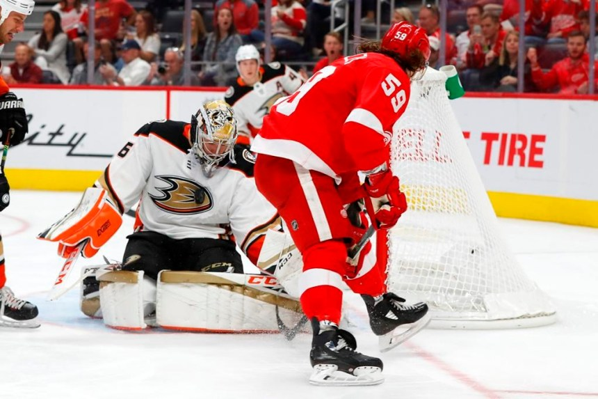 Trois buts sans réplique des Ducks leur procurent un gain de 3-1 face aux Wings