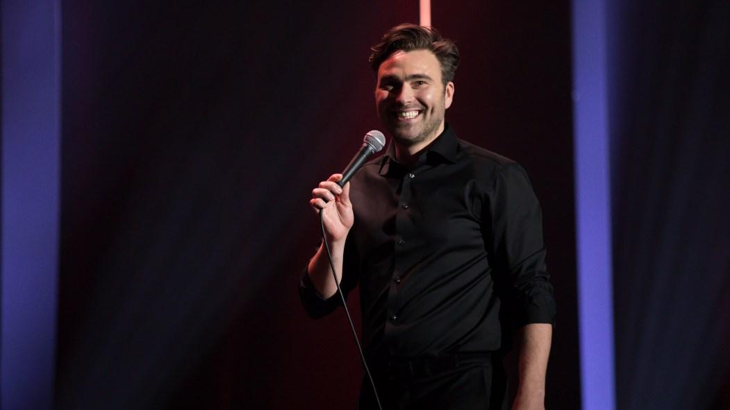 Simon Gouache présente un nouveau spectacle d'humour, «Une belle soirée».