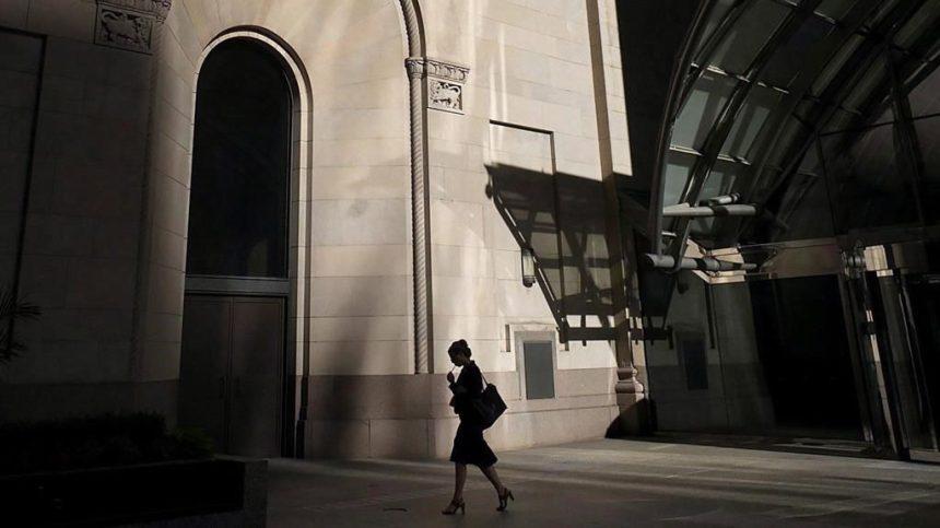 Salaires au Canada: l'écart entre les femmes et les hommes a diminué à 13,3%