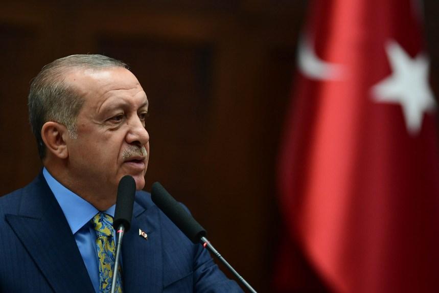Syrie: début d'un retrait militaire américain avant une offensive turque contre les Kurdes