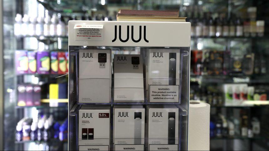 États-Unis: Juul suspend la vente des e-cigarettes aromatisées