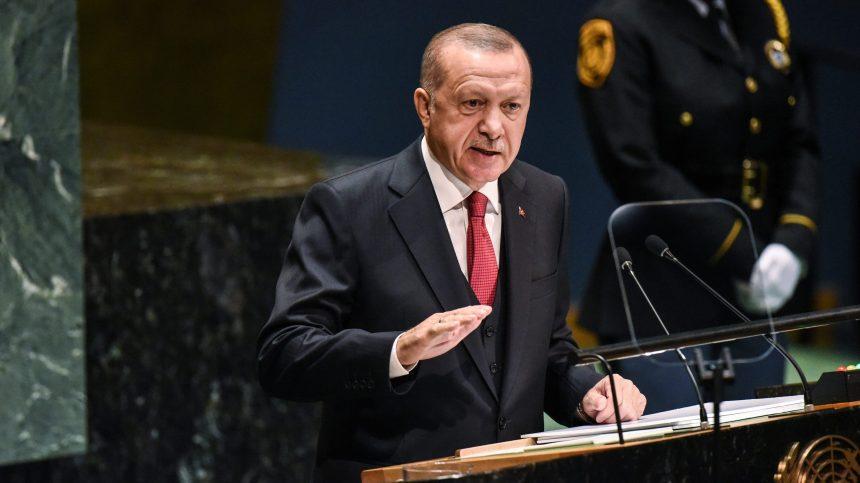 Erdogan menace de reprendre son offensive en Syrie si l'accord n'est pas respecté