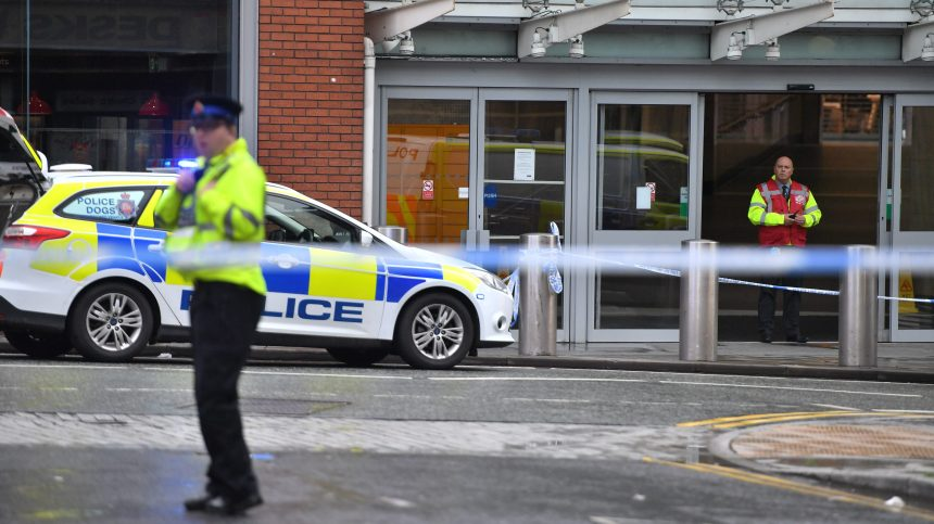 Manchester: plusieurs blessés dans une attaque au couteau