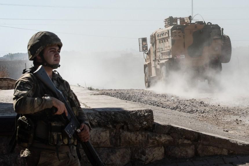Syrie: les forces kurdes luttent pour contrer un assaut de la Turquie
