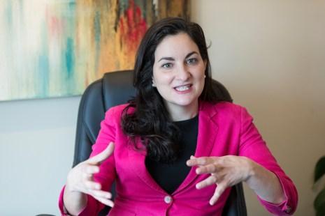 Marie Montpetit députée libérale provinciale de la circonscription de Maurice Richard dans Ahuntsic.