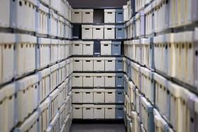 Visite des archives de la Ville de Montréal avec le chef de la section des archives à la Ville, Mario Robert.