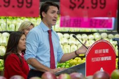 Trudeau invite les Québécois à voter pour lui pour protéger l'environnement
