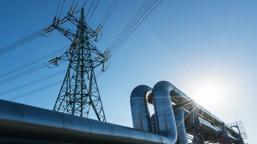 Des économistes dénoncent le projet d'usine de gaz naturel GNL Québec