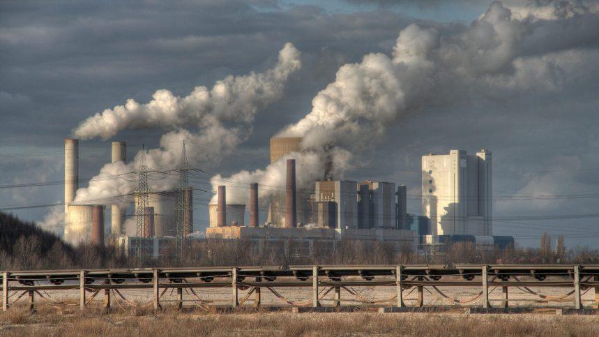 Trois premiers ministres provinciaux veulent mettre en service des petits réacteurs nucléaires